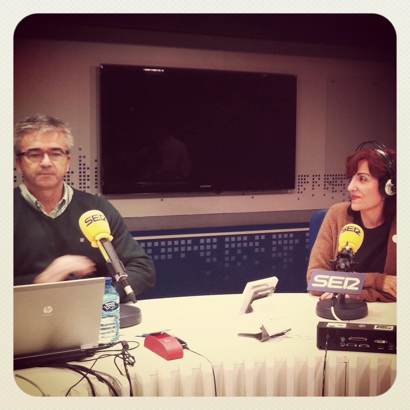 Entrevista A Elvira Lindo En La Ventana 08 11 2012 Elvira